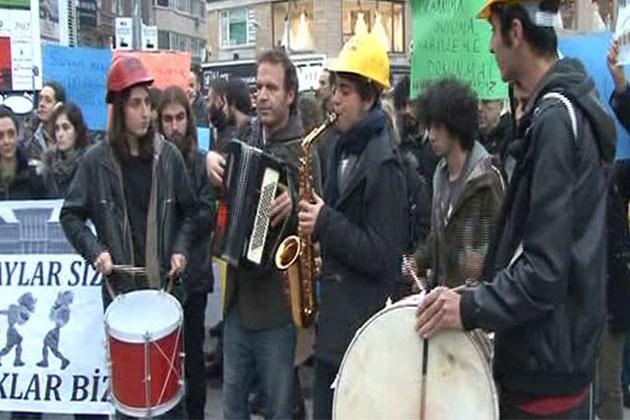 'Saraylar Sizin, Sokaklar Bizim'
