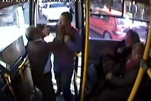 Otobüse Almayan Şoföre Saldırdı!