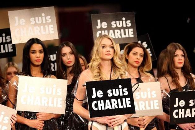 Mankenlerden 'Paris katliamına' dövizli tepki