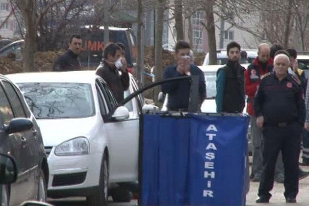 İstanbul'da Otomobil İçinde Gizemli Ölüm!