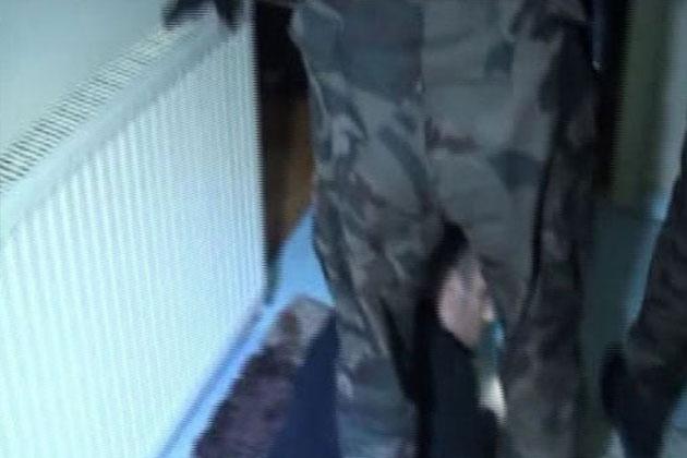Uyuşturucu Operasyonu Polis Kamerasına Yansıdı