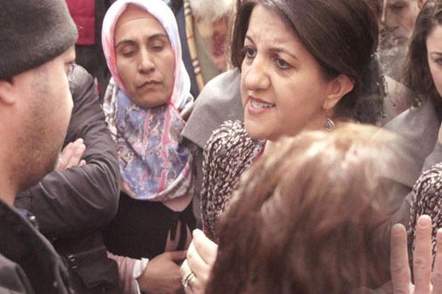 Pervin Buldan Öcalan Posteri İçin Polisle Tartıştı