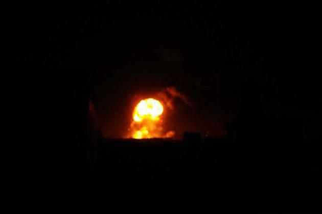IŞİD'e Ait Rafineri Bombalandı: En Az 30 Ölü