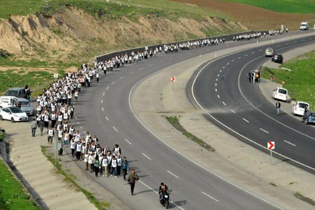 Öcalan'a Özgürlük Yürüyüşü Cizre'den Başladı