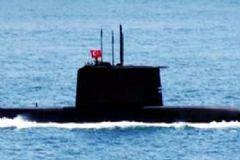 Yunan Botlarına Türk Denizaltısı Müdahale Etti!