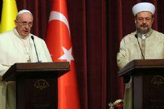 Papa, Diyanet İşleri Başkanı'nı Ziyaret Etti!