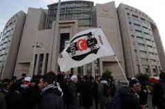 16 Aralık Çarşı Davasında Ara Karar Verildi : Duruşma Ertelendi