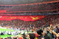 Galatasaraylı Taraftarlardan Yönetime Protesto