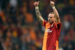 Sneijder'in Menajeri Açıkladı Kalıyor Mu? Gidiyor Mu?