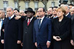 Hollande'dan Netanyahu'ya 'Yürüyüşe Gelme'