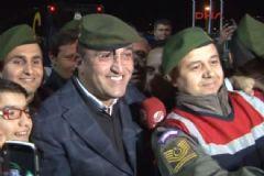 Abdurrahim Albayrak'dan Jandarmayla Selfie