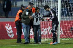 Sahaya İnen Taraftar Futbolcu Olmak İstiyormuş!