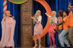 Neşe Karaböcek ve Grup Gündoğarken Güldür Güldür Show'da