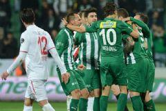 Bursaspor - Balıkesirspor  maç özeti – Bursaspor 4 Balıkesirspor 2 maçın golleri 13.03.2015 Cuma