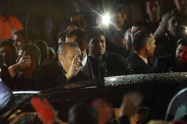 Cumhurbaşkanı Erdoğan Şehit Savcı'nın Evinde Kuran Okudu