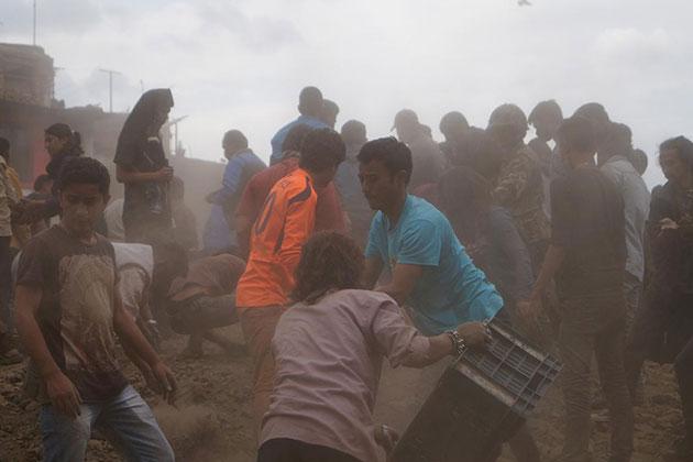 Depremzedeler Nepal'den Türkiye'ye Döndü