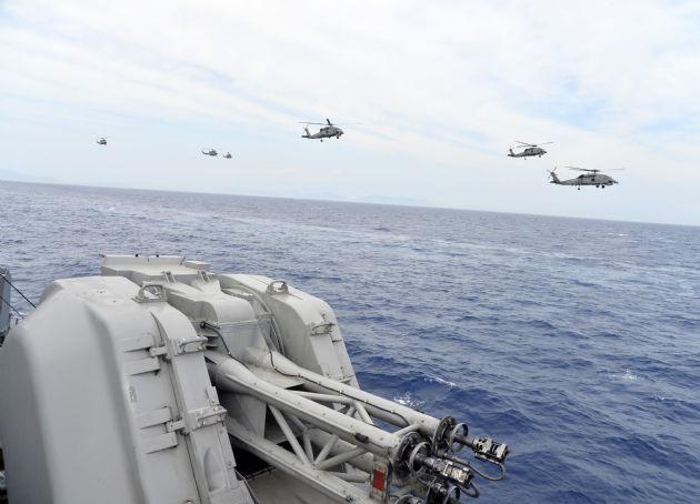 Deniz Kuvvetleri'nden Gövde Gösterisi