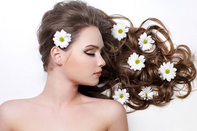 Saçlarınızın Bakımlı Görünmesi İçin Ne Yapmalısınız?
