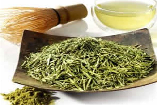 Mucizevi Yeşil Çay Göğüsleri Sıkılaştırmaya da Yarıyor