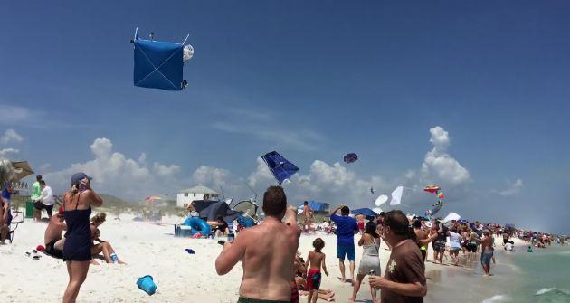 Alçaktan Geçen Jet Plajı Birbirine Kattı