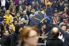 Galatasaray Liv Hospital'e 1 Maç Seyircisiz Oynama Cezası