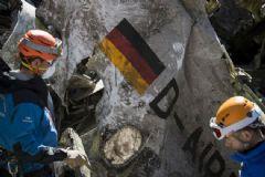Germanwings'in Pilotu İntihar Yöntemlerini Araştırmış