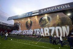 Trabzonsporlu Taraftarlar Padişahları Karıştırdı