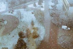 İstanbul'da Dolu, Ankara'da Kar Yağdı