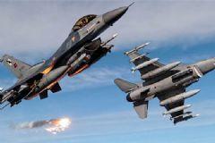 Türk F-16'lar Suriye Sınırına Havalandı