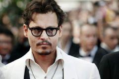 Johnny Depp'in Köpekleri Gönderildi