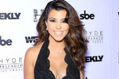 Kourtney Kardashian Fazla Kilolarından Tamamen Kurtuldu!