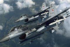 Türk F-16 Uçakları Suriye Hava Aracını Vurdu
