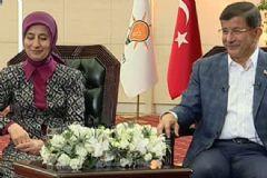 Başbakan Davutoğlu ve Eşi Sare Davutoğlu İlk Kez Televizyon Programına Katıldı