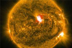 Güneşte Dev Patlama: GPS Sistemleri Çökebilir