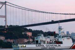İstanbul Boğazı'nda Tekne Battı: 2 Kişi Kayıp