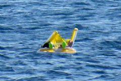 10 Aylık Bebek Can Simidiyle Denizde Sürüklendi
