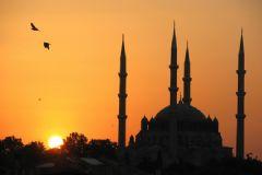 İstanbul, İzmir Ve Ankara İçin İftar Vakti Ve Sahur Saatleri