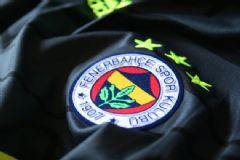 Fenerbahçe'den Robin Van Persie Açıklaması