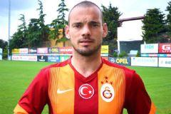 Galatasaray'ın 4 Yıldızlı Formaları Tanıtıldı