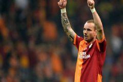 Sneijder'in İmzalı Forması 13 Bin Lira