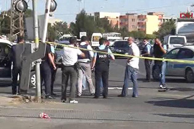 Batman'da Devriye Gezen Polis Aracına Saldırı: 1 Şehit