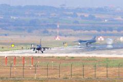 İncirlik'te 3 Jet Havalandı