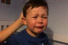 Van Persie İçin Ağlayan Çocuk
