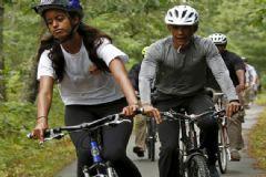 Obama Ailesi Bisiklet Turunda