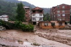 Artvin'de Sel Faciası: 8 Ölü