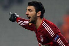 Beşiktaş'ın Kalecisi Cenk Gönen Galatasaray'a Gidiyor