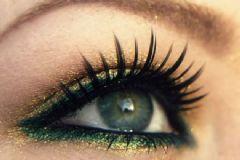 Yeşil Gözlere Ne Renk Makyaj Yapılmalı