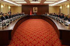 Davutoğlu'nun Erdoğan'a Sunacağı Kabine Listesi Belli Oldu