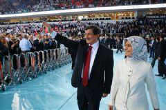 AK Parti 5. Olağan Büyük Kongresi'nde Tek Aday Davutoğlu Olacak