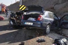 Kayseri-Sivas Karayolunda Trafik Kazası: 2 Ölü, 7 Yaralı